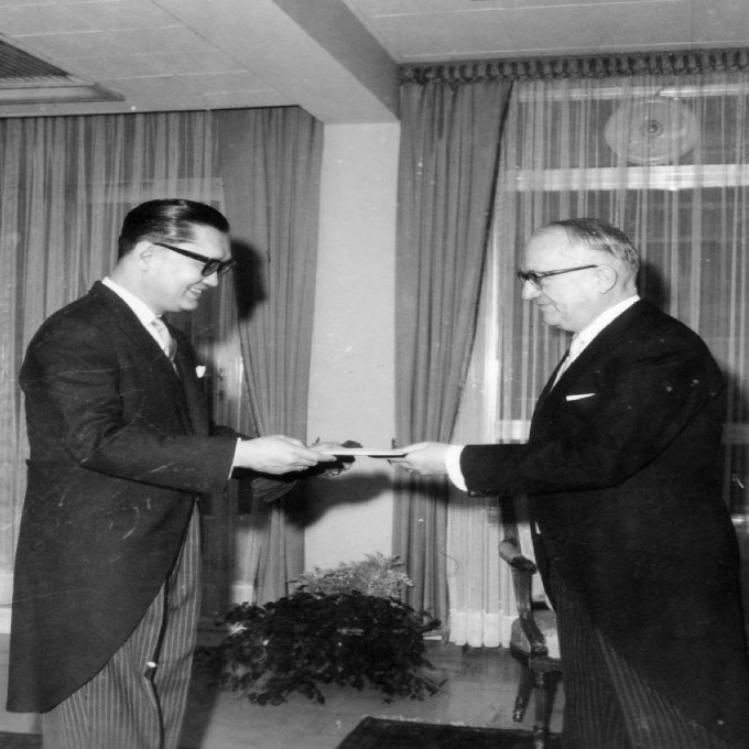 may 12 1964 Ambassador Vicente Singian presenting his credentials to EEC